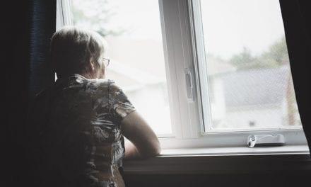 Senior Living Dramatically Reduces the Risk of Depression