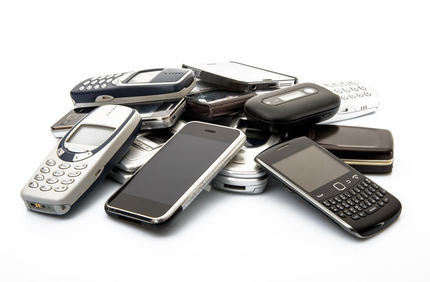 2 Things You Should Not be Paying For, Thanks to Cell Phone Wars