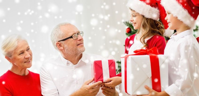 3 Simple Ways To Bring The Joy Of The Holidays Into Your Community